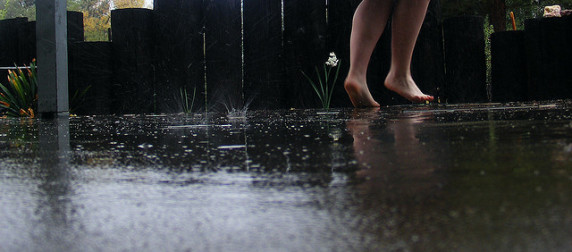 How to Build Your Dental Marketing Plan Like a Dance in the Summer Rain